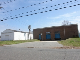 Bussel Realty Brokers Sale of 930 Lincoln Boulevard in Middlesex, New Jersey